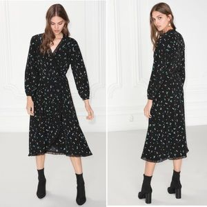 NWOT 2018 & Other Stories Ruffle Wrap Dress